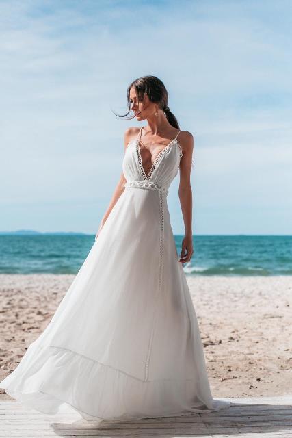 Vestido Longo Branco Off Decote em V Casamento Civil e Festas
