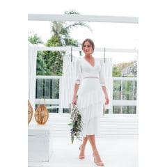 Vestido Branco Midi Manga 3/4 Guipir e Saia em Camadas Casamento Civil - Exclusivo Site.
