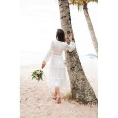 Vestido Branco Midi Manga Longa Detalhes em Renda e Decote Canoa Casamento Civil, Noiva Civil e Festas.